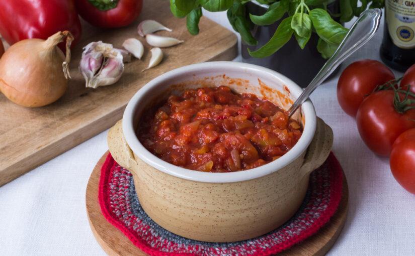 Paprika-tomaattikastike